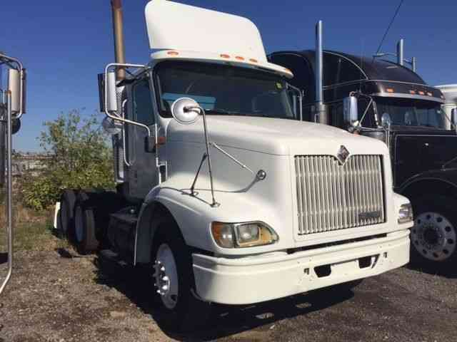 international 9200i 2003 daycab semi trucks rh jingletruck com international 9200 manual 2006 International 9200I