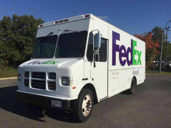 international p1000 2003 van box trucks. Black Bedroom Furniture Sets. Home Design Ideas