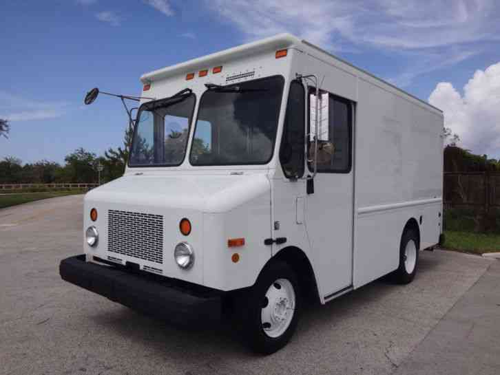 Used Food Truck For Sale >> Workhorse P42 Step Van (2003) : Van / Box Trucks