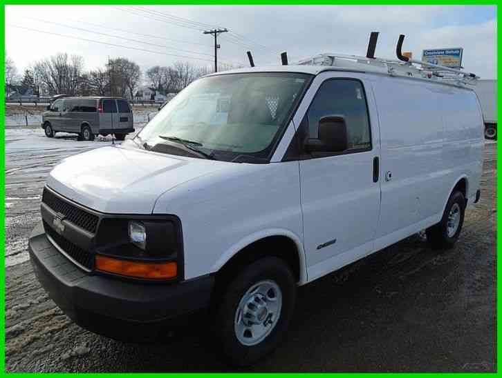 chevrolet express 3500 2004 van box trucks. Black Bedroom Furniture Sets. Home Design Ideas