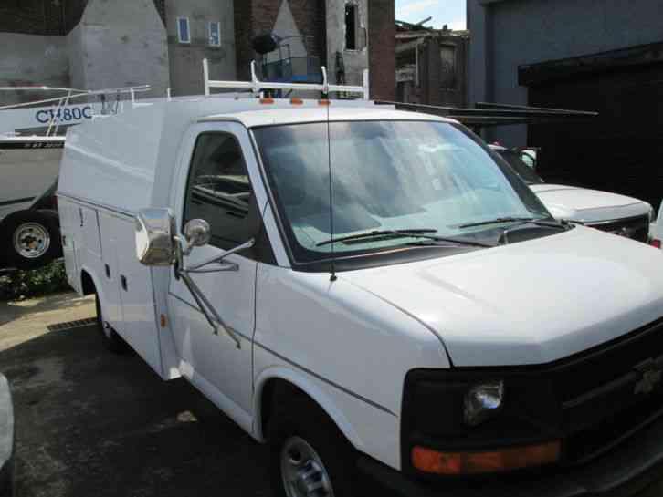 Chevrolet G3500 (2004) : Utility / Service Trucks