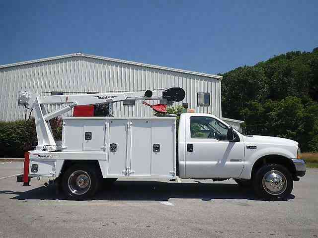 Ford MAINTAINER F550 (2004)