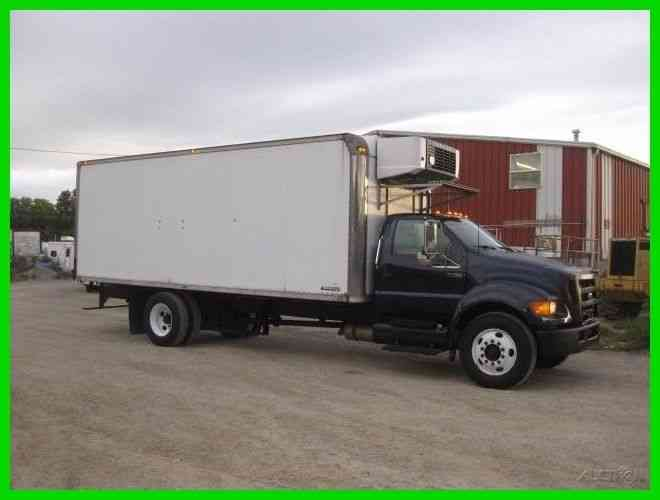 FORD F750 C7 CAT ALLISON 22 FOOT REEFER BOX CARRIER SUPRA 644 (2004)