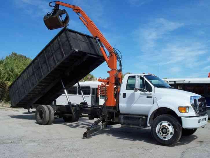freightliner digger derrick truck 2005 bucket boom