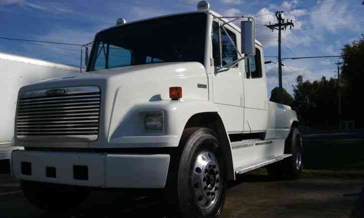 Ford Diesel Trucks For Sale >> Freightliner FL80 (2004) : Medium Trucks