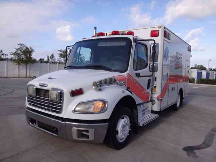 Freightliner m2 ambulance medic master 2004 emergency for Freightliner mercedes benz