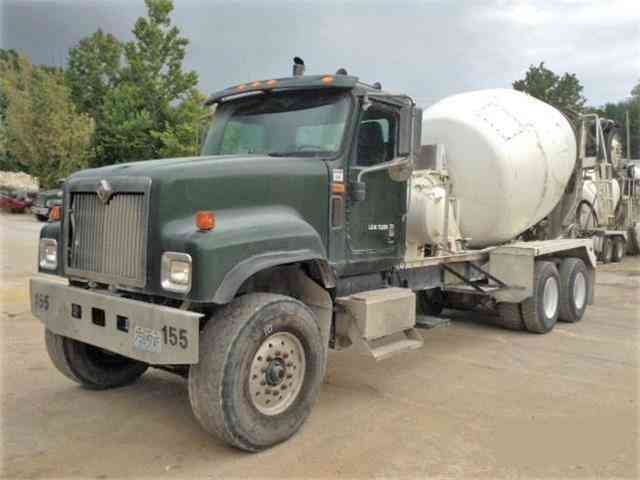 International 5500i MIXER -- (2004)