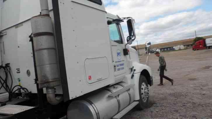 Single Axle Tractor With Sleeper : International i sleeper semi trucks