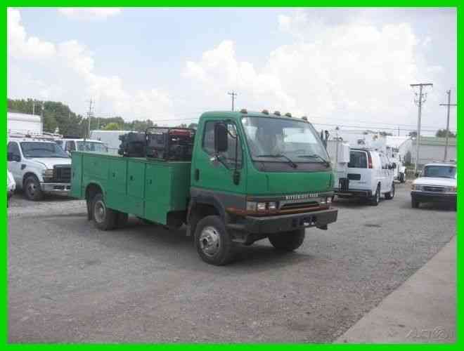 MITSUBISHI FB 4X4 4 CYL TURBO DIESEL AUTO WITH 13 FOOT UTILITY BODY (2004)