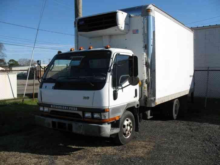 Mitsubishi Fe640 2004 Van Box Trucks