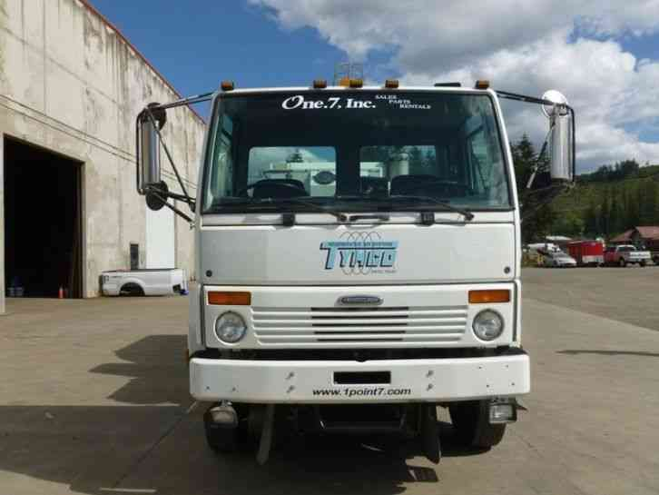 Tymco 600 Used Street Sweeper Vacuum For Sale 2004