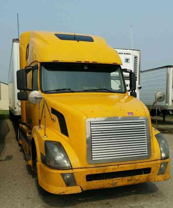 Volvo 780 Trucks For Sale: Peterbilt 389 (2011) : Sleeper Semi Trucks