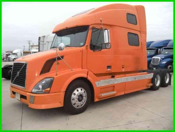 Freightliner COLUMBIA (2005) : Sleeper Semi Trucks