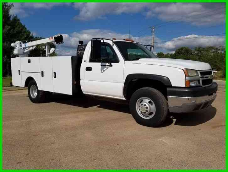 chevrolet 3500 2005 utility service trucks. Black Bedroom Furniture Sets. Home Design Ideas