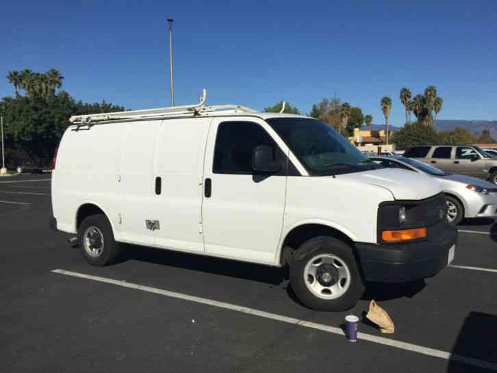 Chevrolet Express Van 2005