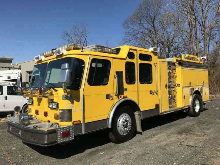 E-ONE FIRE APPARATUS -- (2005)
