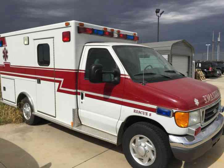 Ford E350 Super Duty 2005 Emergency Amp Fire Trucks