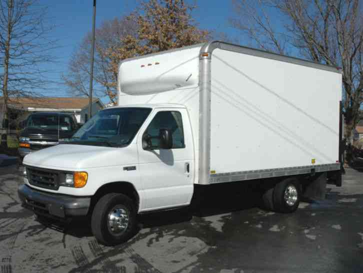 ford 15 ft box truck lift gate diesel 2005 van box trucks. Black Bedroom Furniture Sets. Home Design Ideas