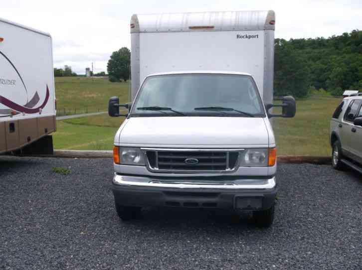 2005 Ford E450 Van