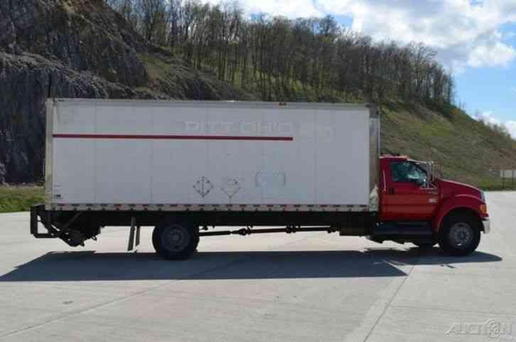 Ford F750 24ft Box Truck W Liftgate 2005 Van Box Trucks