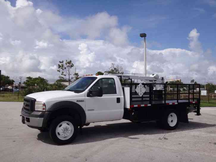 Ford F550 4x4 Super Duty Crane Truck (2005)