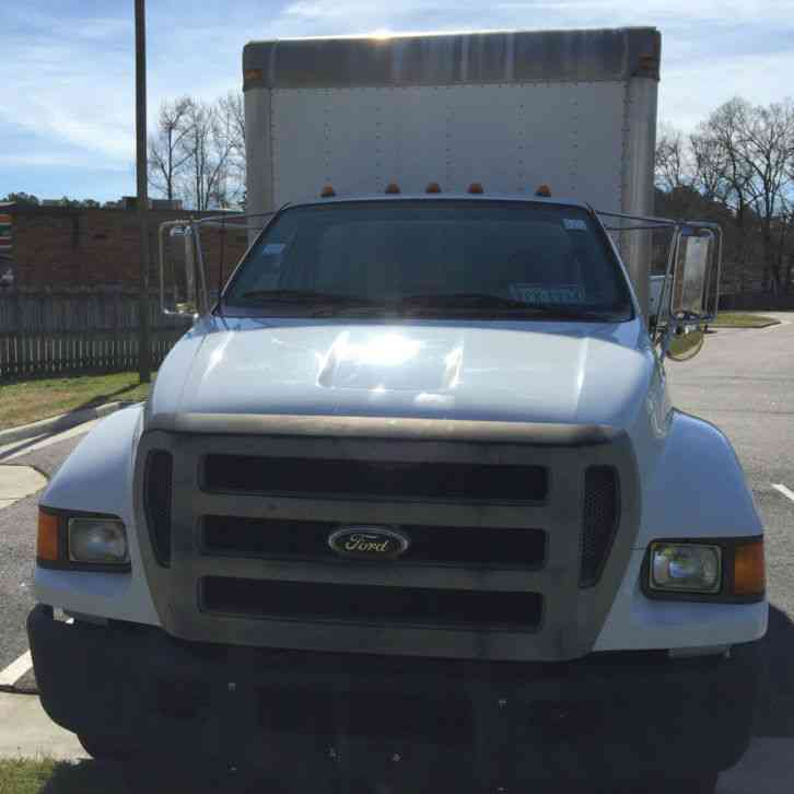 2007 Chevrolet Express 3500 Cargo Camshaft: Chevrolet G3500 12ft Box Truck (GVW Under 10K) (2007