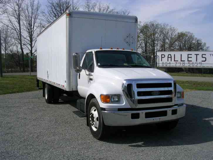 Ford F650 2005 Van Box Trucks