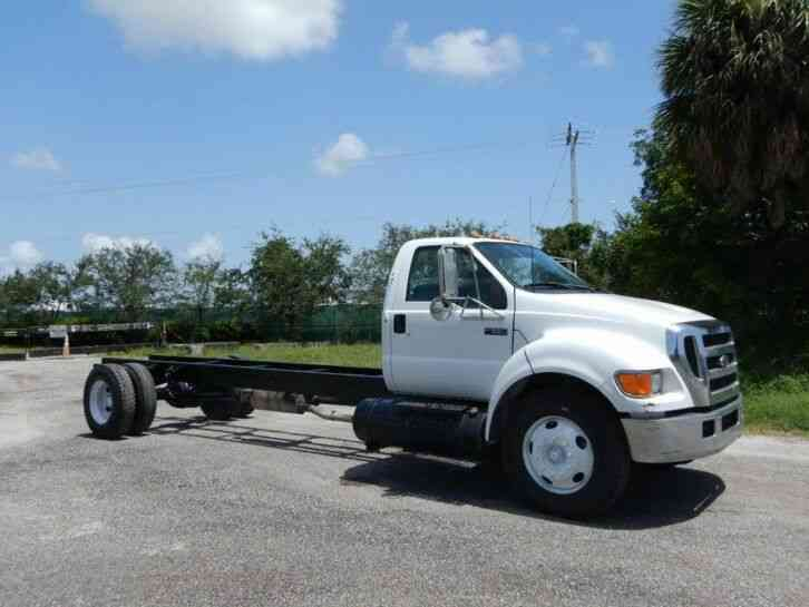 Ford Super Duty F-650 Cab Chassis (2005)