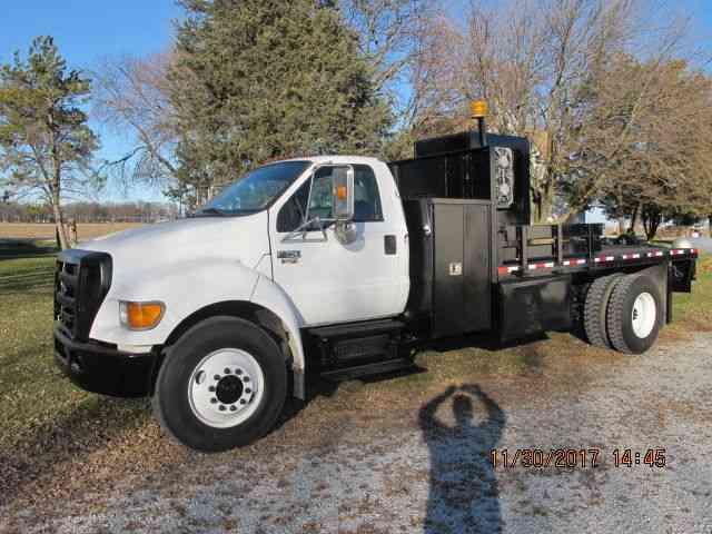 Ford F750 2005 Utility Service Trucks