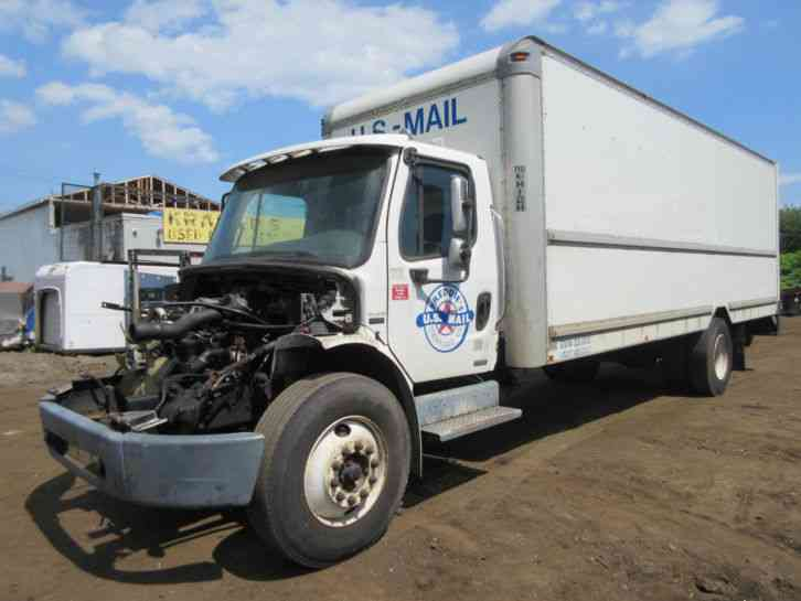 Freightliner m2 106 mercedes engine for Freightliner mercedes benz