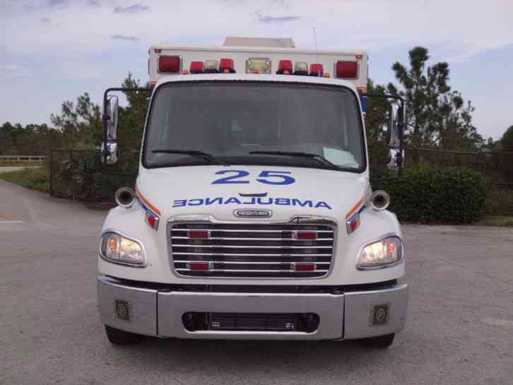 Freightliner M2 Business Class Ambulance 2005