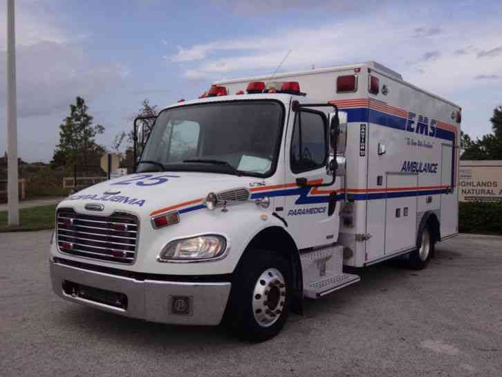 Freightliner m2 business class ambulance 2005 for Freightliner mercedes benz