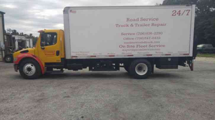 Freightliner M2 106 MEDIUM (2005)