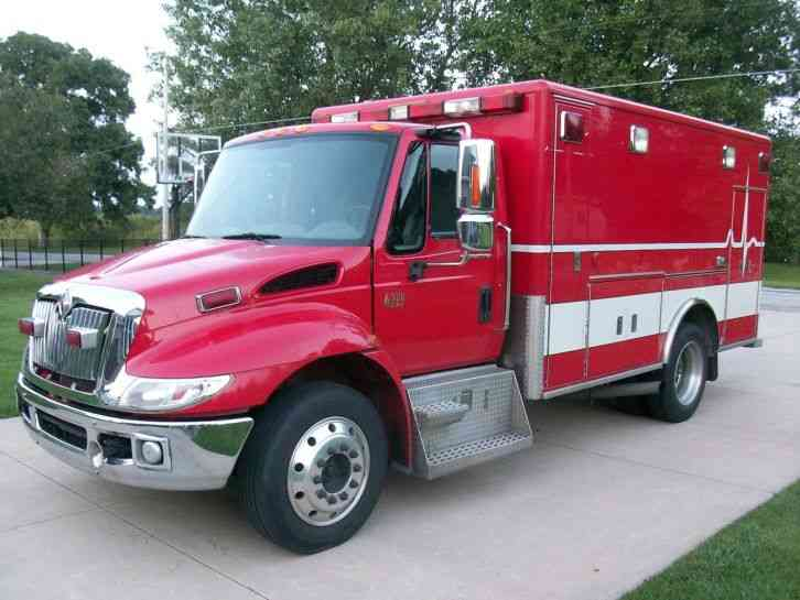 International 4300  2005    Emergency  U0026 Fire Trucks