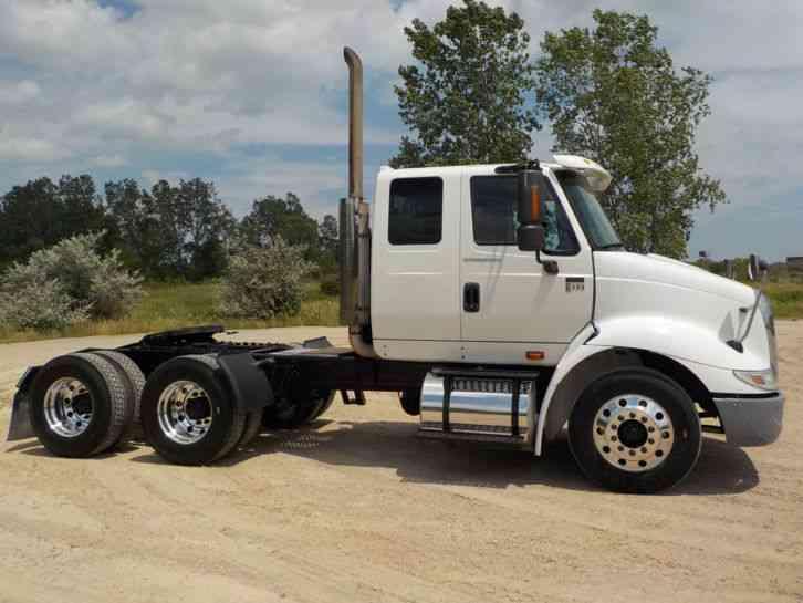 International 8600 (2005) : Sleeper Semi Trucks