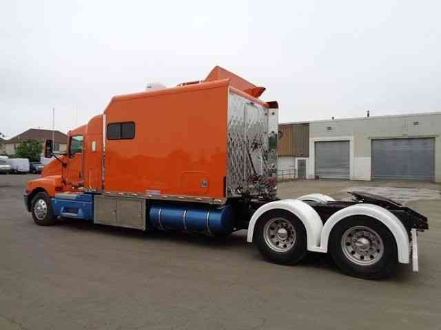 Kenworth T600 Huge Sleeper Motorhome Toterhome Rv Cat 2005 Sleeper Semi Trucks