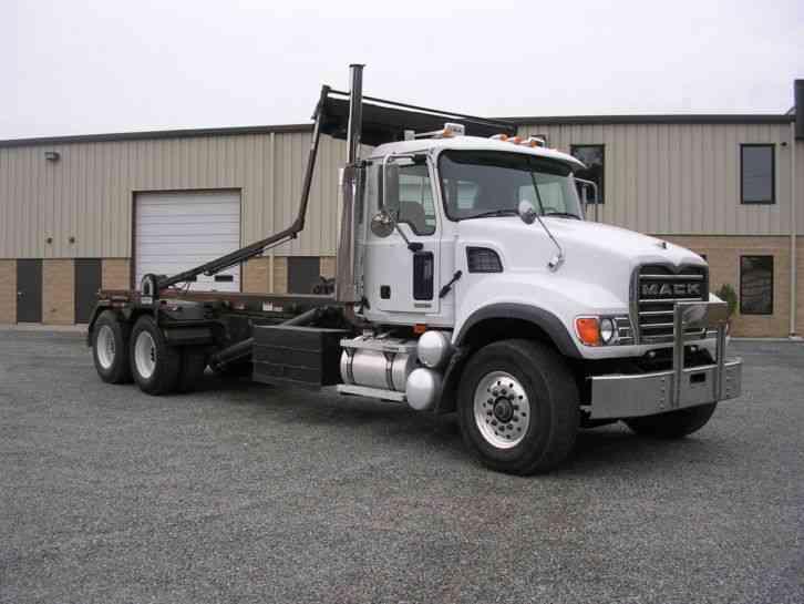 mack cv713  2005    utility    service trucks