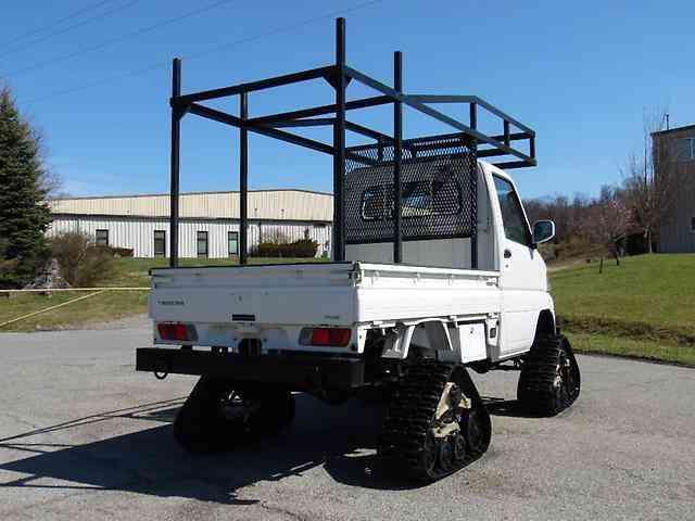 Mitsubishi GBD-U62T (2005) : Utility / Service Trucks