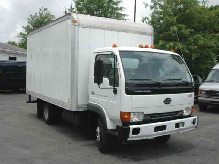 Nissan Ud 1300 14ft Box Truck 2005 Van Box Trucks