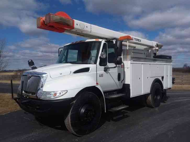 International 4300 50' Hi-Ranger / Terex Bucket Truck (2006)