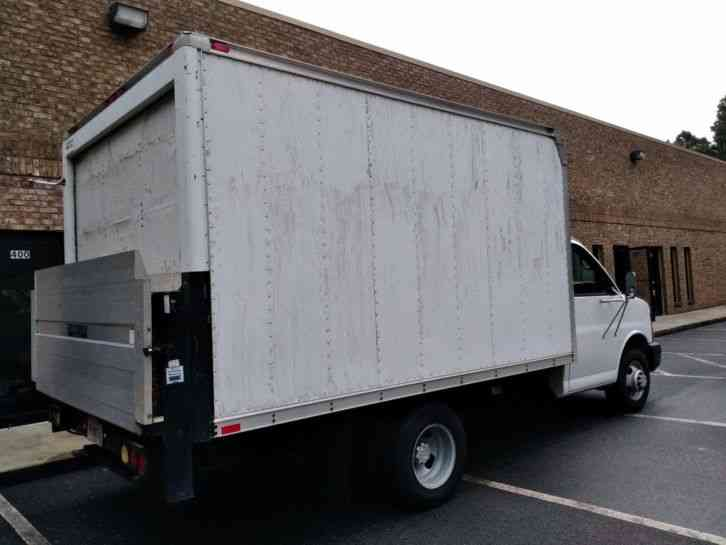 Chevrolet Express 3500 Box Truck 2006 Van Box Trucks