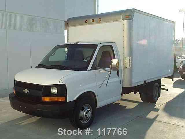 chevrolet express 3500 cutaway van drw tommy gate 2006 van box trucks. Black Bedroom Furniture Sets. Home Design Ideas