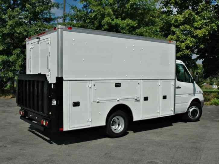 Dodge Sprinter Enclosed Utility Service Tk 2006