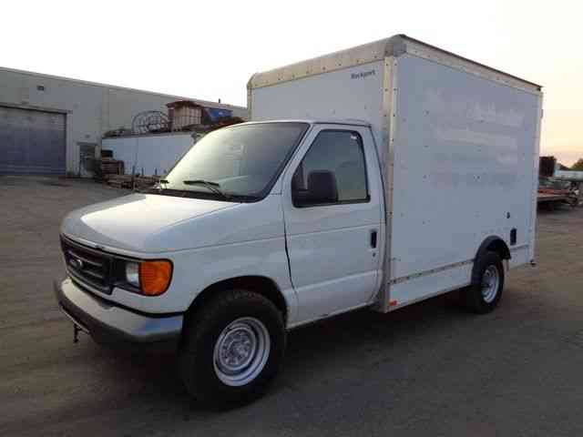 ford e350 10 39 box truck turbo diesel 2006 van box trucks. Black Bedroom Furniture Sets. Home Design Ideas