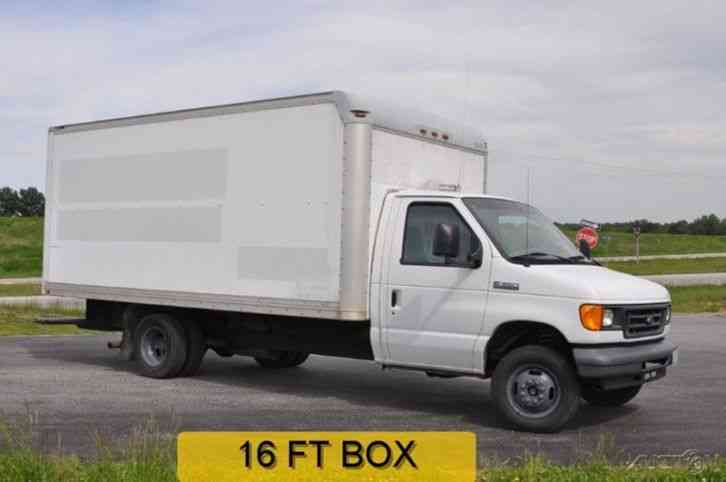 Ford E350 2006 Van Box Trucks
