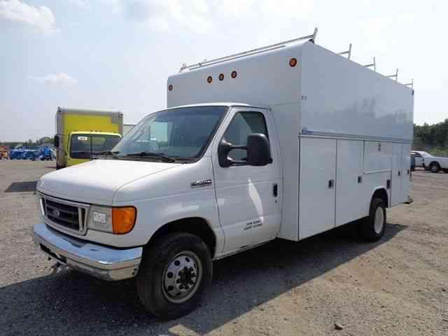 Truck Utility Box >> Ford E450 Service Utility Box Truck 2006
