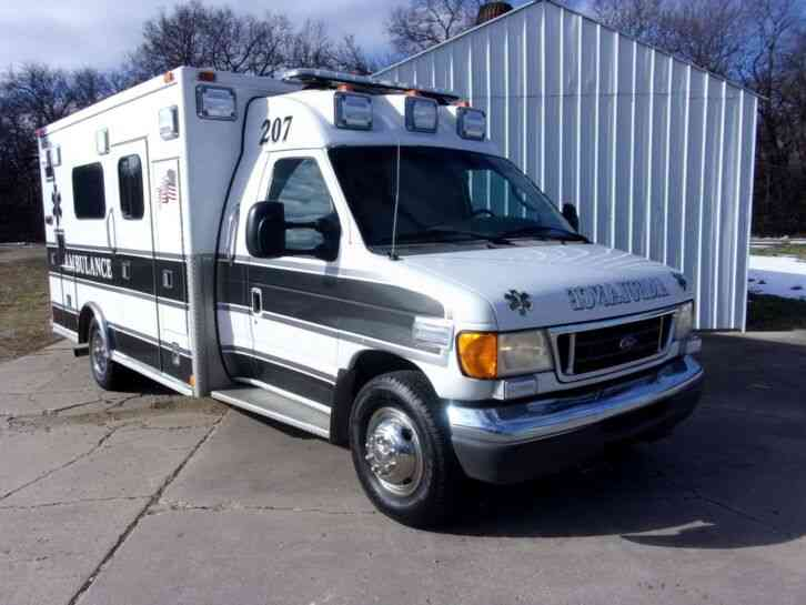 Ford FORD E-450 (2006)