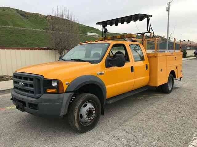 Ford F-450 YELLOW (2006)