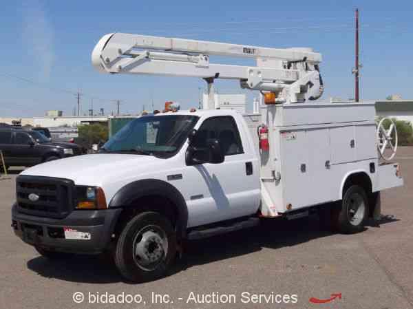 Ford F550 2006 Bucket Boom Trucks