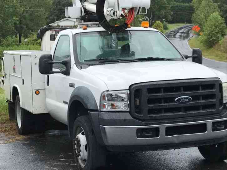 Ford Ford F550 (2006)